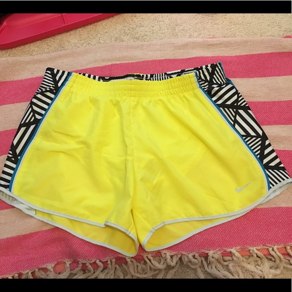 e5bd6ed20d4 Nike Up Tempo Running Shorts Yellow Large L